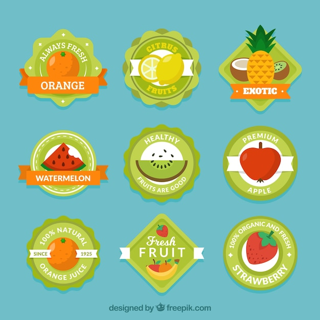 Collection of green labels with variety of fruits Free Vector