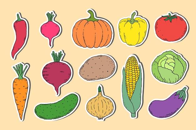 Коллекция наклеек с рисованной овощами на светлом фоне Premium векторы