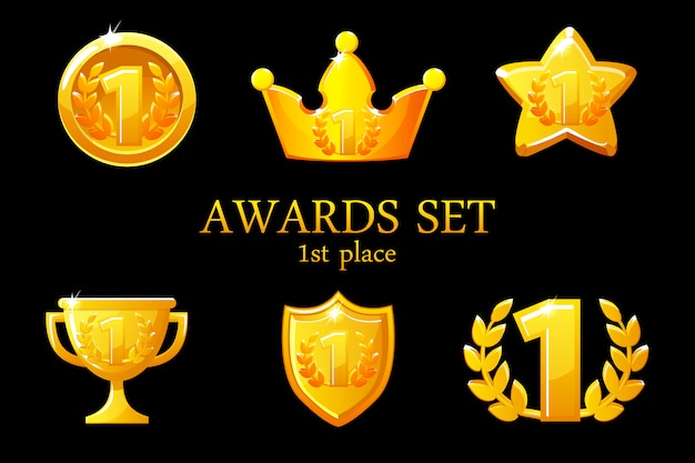 Коллекции наград трофей. набор иконок золотых наград, значок победителя 1-го места, приз трофейного кубка, награды за победу, корона успеха, иллюстрация Premium векторы
