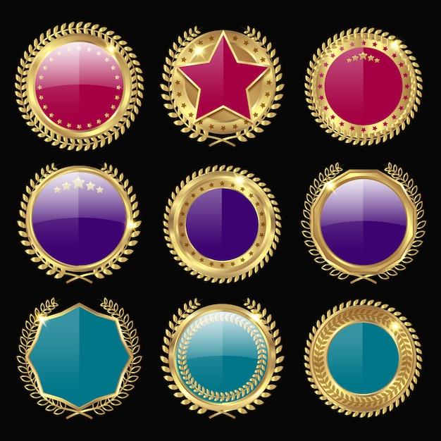 Set di medaglie colorate Vettore gratuito