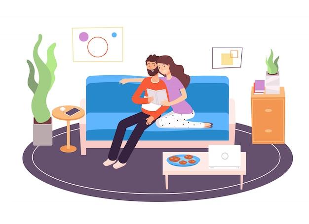 Пара читает. молодая счастливая семья читая и отдыхая на кресле в живущей комнате дома. праздник отдыха в помещении Premium векторы