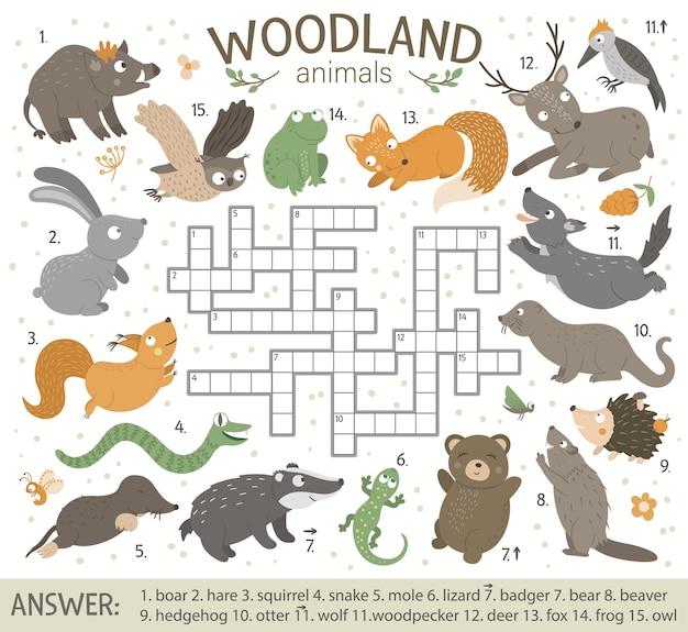 森の動物とクロスワードパズル。 Premiumベクター