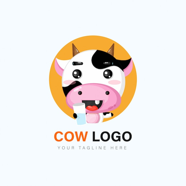 かわいい牛のロゴデザイン Premiumベクター