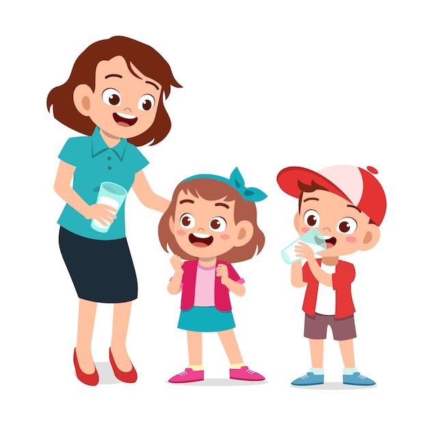 Cute happy kids with mom drinking milk Premium Vector