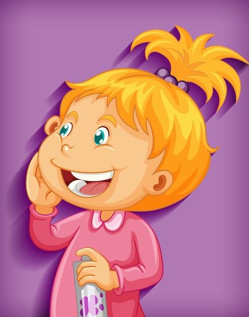 Carattere sveglio del fumetto di sorriso della bambina isolato su fondo viola Vettore gratuito