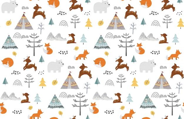 Cute seamless pattern with wild animals. Premium Vector