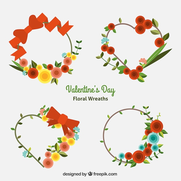 Decorative floral wreaths with different designs Free Vector