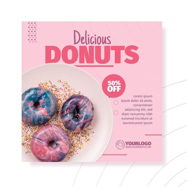 Вкусные пончики квадратный флаер шаблон Бесплатные векторы