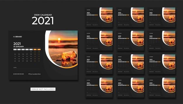 Desk calendar,table calendar 2021 Premium Vector