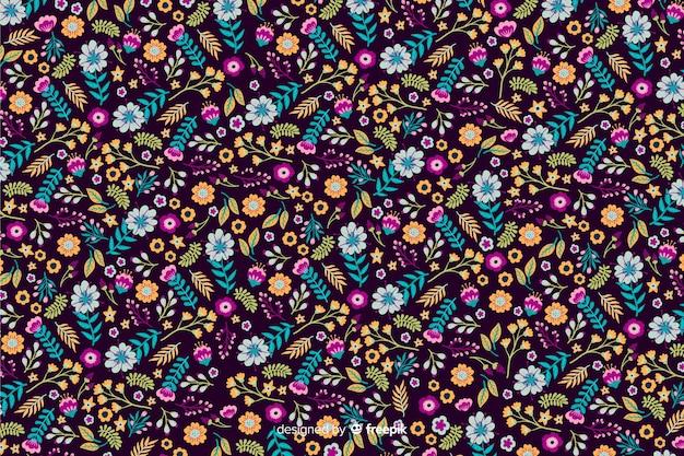 Ditsy цветочный фон с яркими цветами Бесплатные векторы