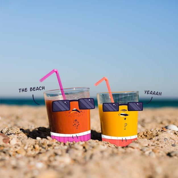 Каракули над стаканами сока на пляже Бесплатные векторы