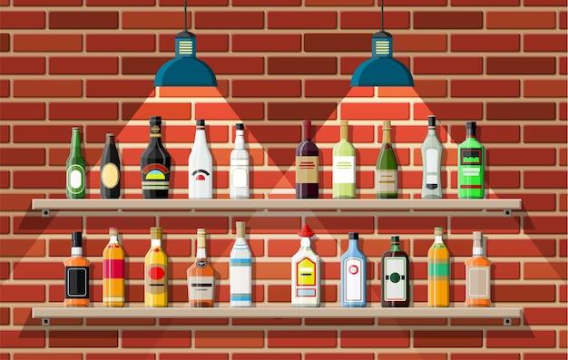 Питейное заведение. интерьер паба, кафе или бара. барная стойка, полки с бутылками алкоголя, лампа. деревянный и кирпичный декор. Premium векторы