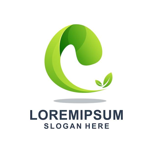 Зеленая буква e с листом шаблон логотипа Premium векторы