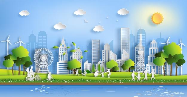Люди наслаждаются деятельностью напольной с концепцией города eco зеленого цвета. Premium векторы