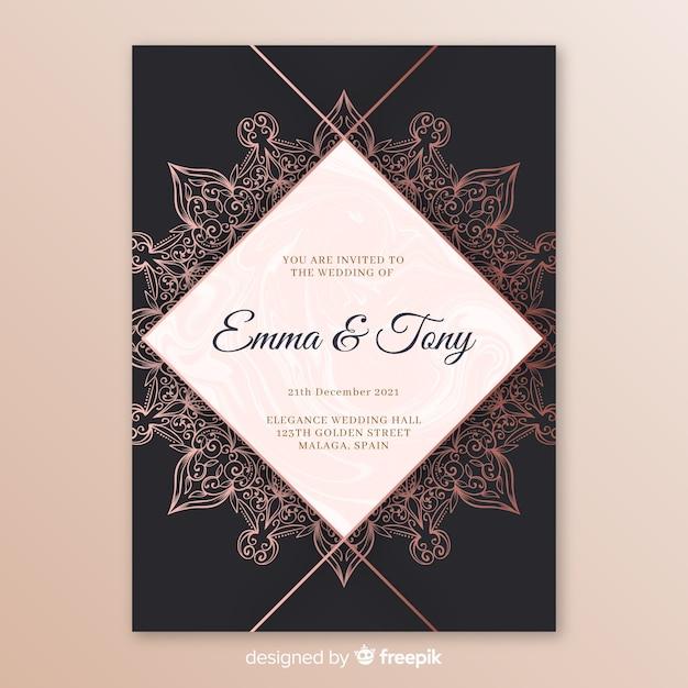 Elegant wedding invitation template with mandala Free Vector