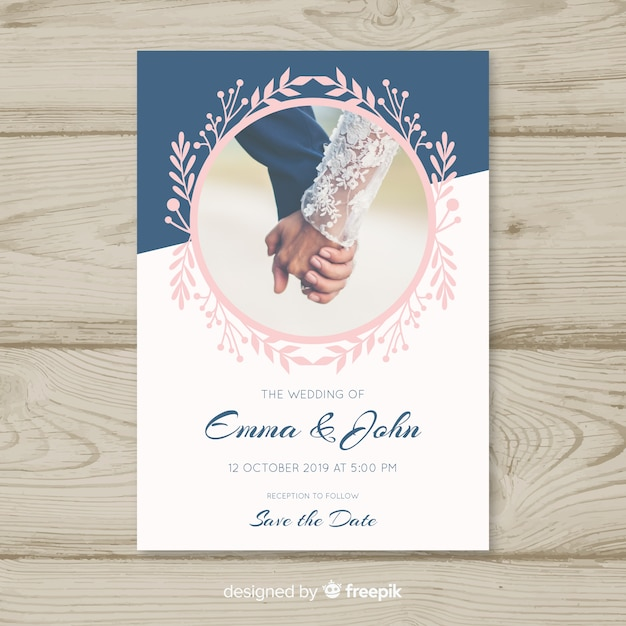 Elegant wedding invitation with photo Free Vector
