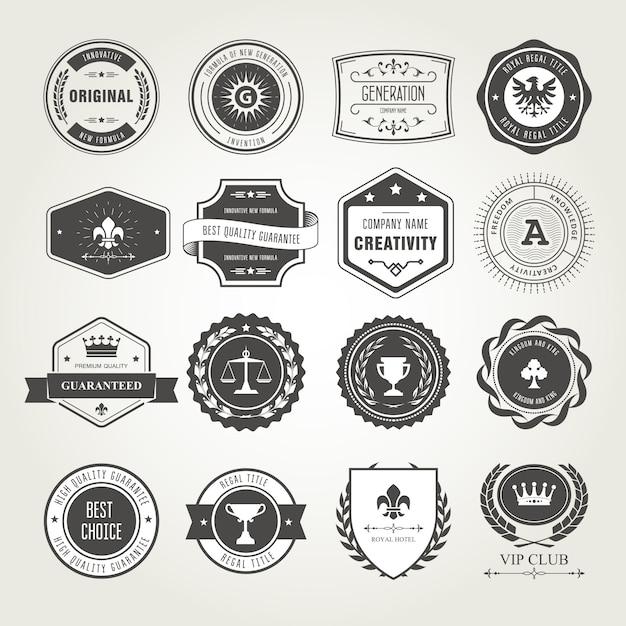 Комплект эмблем, значков и марок - дизайны наград и печатей Premium векторы
