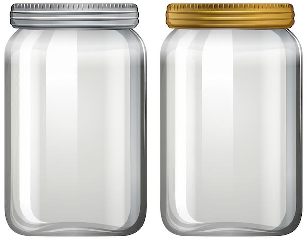 Vaso di vetro vuoto su sfondo bianco Vettore gratuito