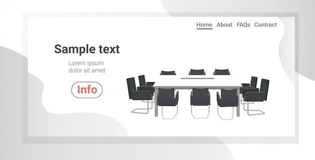 Конференц-зал пусто люди коворкинг центр с круглым столом в окружении стульев современный офис горизонтальный копией пространства Premium векторы