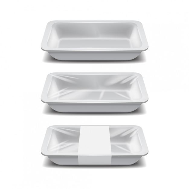 빈 스티로폼 식품 보관소. 백색 음식 플라스틱 쟁반, 백색 상표를 가진 거품 식사 콘테이너 세트 프리미엄 벡터