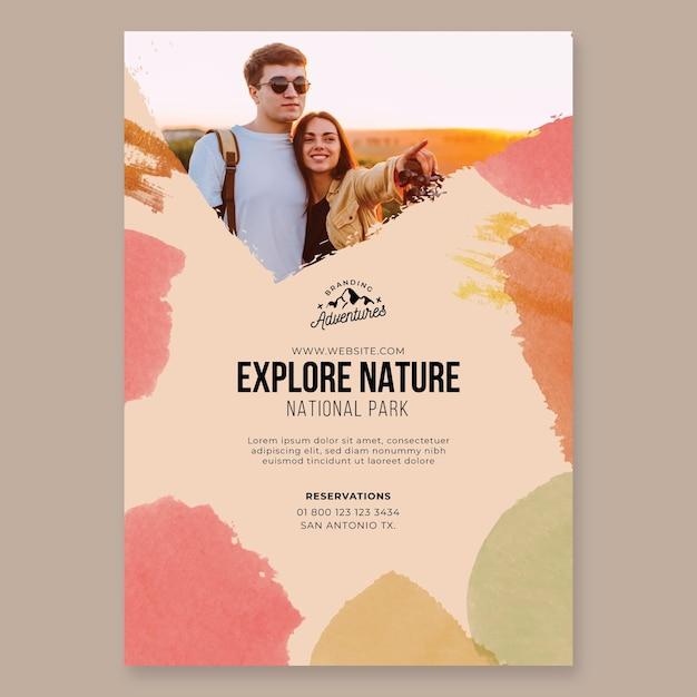 자연 하이킹 포스터 템플릿 탐색 무료 벡터