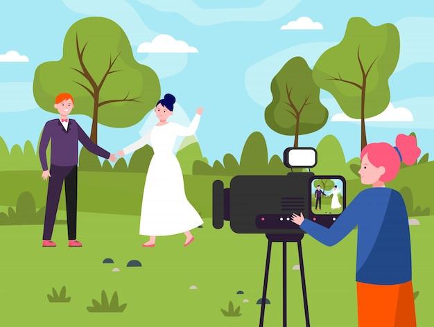 結婚式で働く女性オペレーター 無料ベクター
