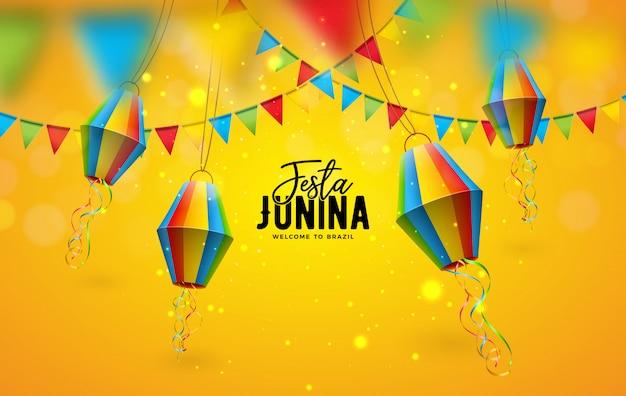 Иллюстрация festa junina с флагами партии и бумажным фонариком на желтой предпосылке. фестиваль дизайна в июне в бразилии для поздравительной открытки, приглашения или праздничного плаката. Бесплатные векторы