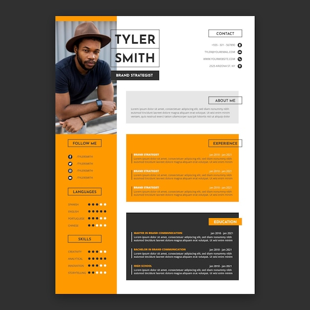 Flat design cv template Free Vector