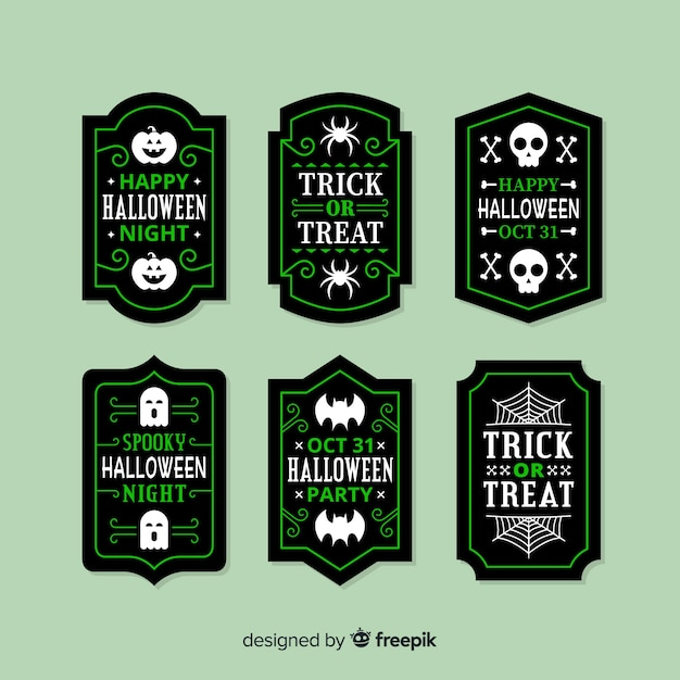 Flat halloween sale badge collection in green Free Vector