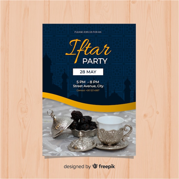 Flat iftar party invitation with picture Free Vector
