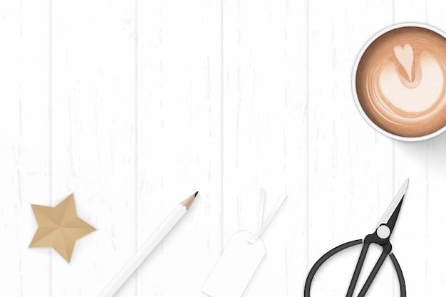 평면 위치 상위 뷰 우아한 흰색 구성 종이 커피 연필 스타 공예 지우개 및 나무 배경에 금속가 위. 프리미엄 벡터
