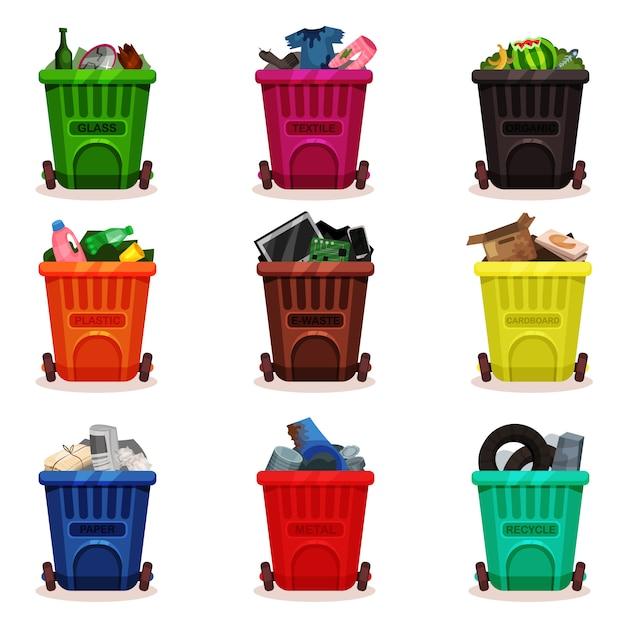 廃棄物の種類が異なるプラスチック容器のフラットセット。車輪付きのゴミ箱。ゴミの分別とリサイクルのテーマに関連するアイコン Premiumベクター