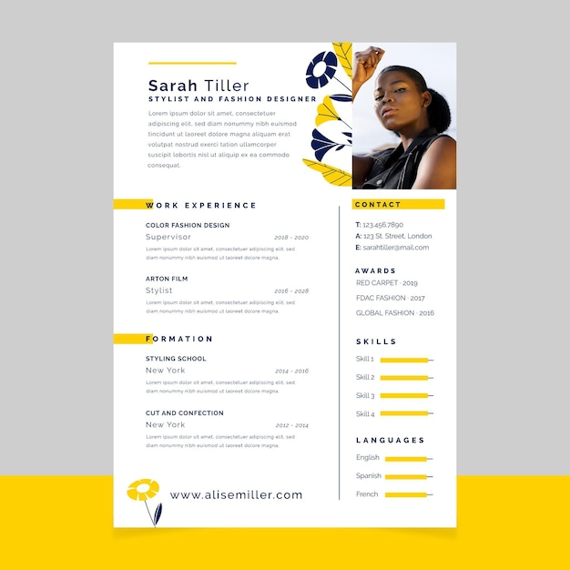 Floral simple design fashion resume Free Vector
