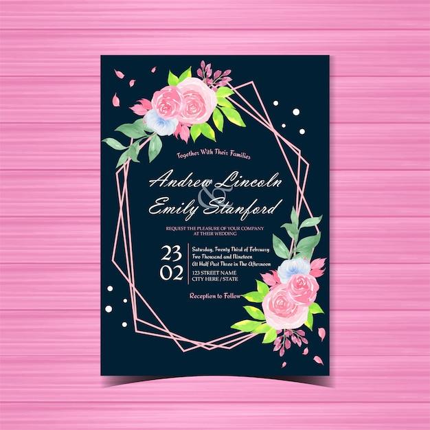 Цветочные свадебные приглашения с красивыми розовыми розами Premium векторы
