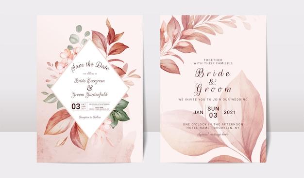 Цветочный шаблон свадебного приглашения с золотым бордовым Premium векторы