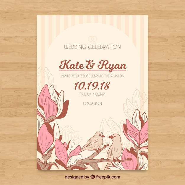 Floral wedding invitation template with vintage style Free Vector