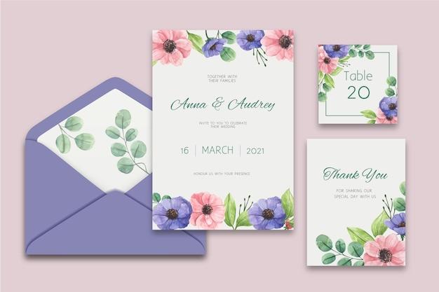 Цветочный свадебный набор канцелярских товаров Бесплатные векторы