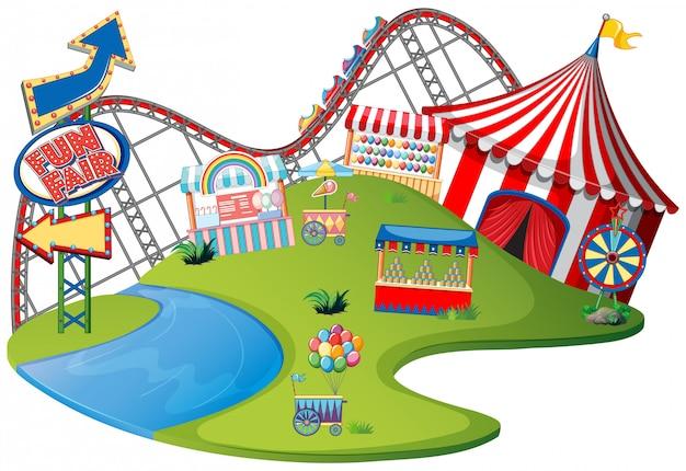 Тематический парк fun fair на изолированных фоне Бесплатные векторы