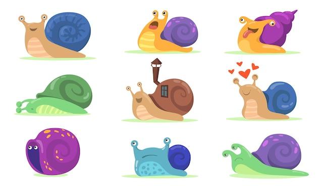 ウェブデザインのための面白いカタツムリのキャラクターフラットセット。漫画のカタツムリ、ナメクジまたはカタツムリのような軟体動物とシェルハウスの孤立したベクトルイラストコレクション。マスコットと動物の概念 無料ベクター