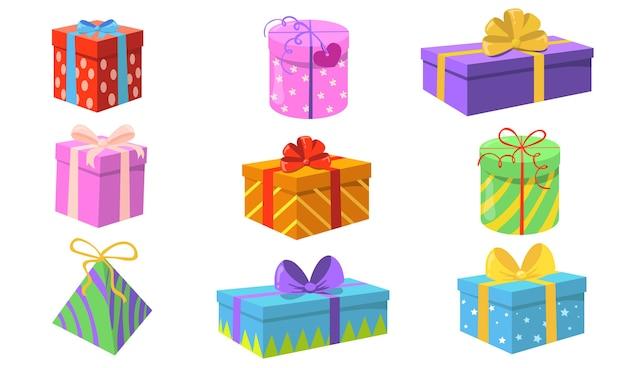 선물 상자 세트. 크리스마스 또는 생일 화려한 포장, 리본 및 활 인사말 카드 요소 격리와 함께 제공합니다. 휴가 또는 깜짝 파티 개념에 대 한 평면 벡터 일러스트 레이 션 무료 벡터