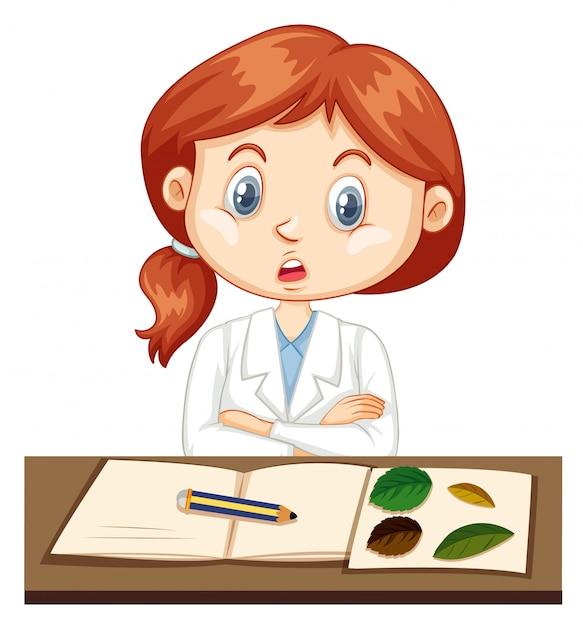 Девушка в халате записи данных эксперимента в тетради Бесплатные векторы