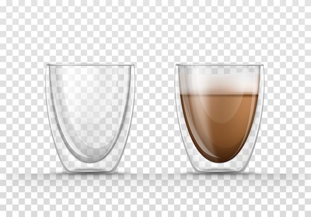 ガラスのマグカップは空で、カプチーノまたはラテがリアルなスタイルで付いています。 無料ベクター