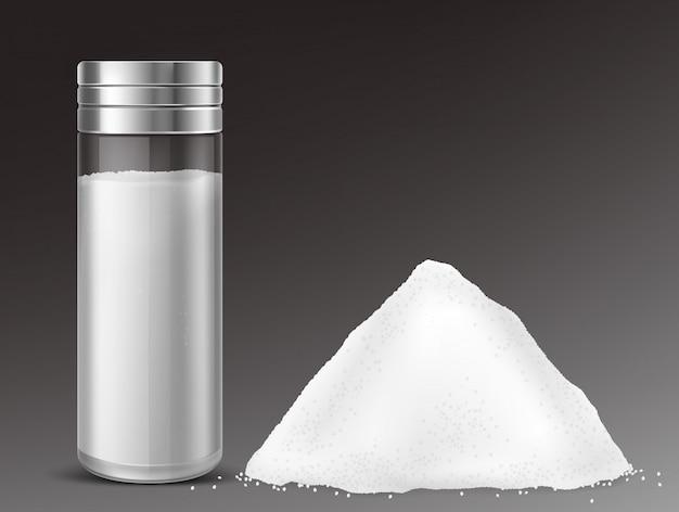 Agitatore di sale di vetro e mucchio di sale Vettore gratuito