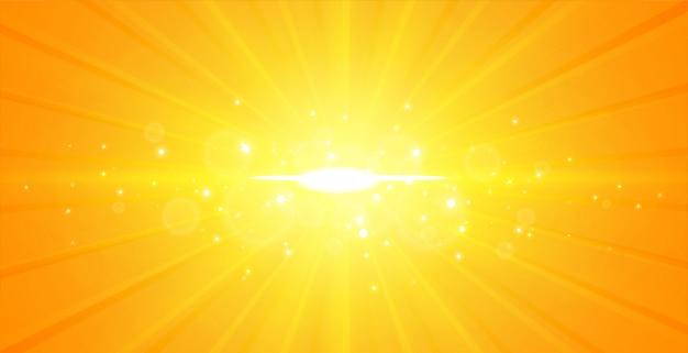 輝くセンター光線黄色背景 無料ベクター