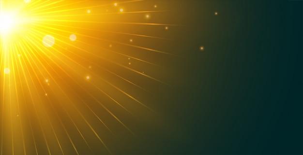 左上隅から輝く太陽光線の背景 無料ベクター