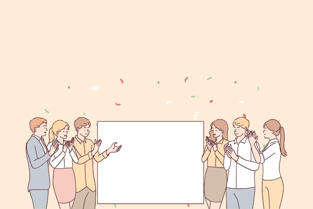 拍手とテキスト広告コピースペースの白い空白のモックアップを見て立っている若い笑顔のポジティブな人々のサラリーマンのグループ Premiumベクター