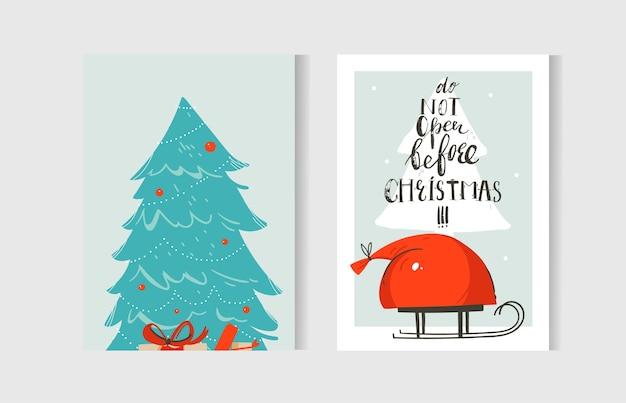 손으로 그린 추상 재미 메리 크리스마스 시간 만화 카드 컬렉션 공예 종이 배경에 고립 된 귀여운 일러스트와 함께 설정합니다. 프리미엄 벡터