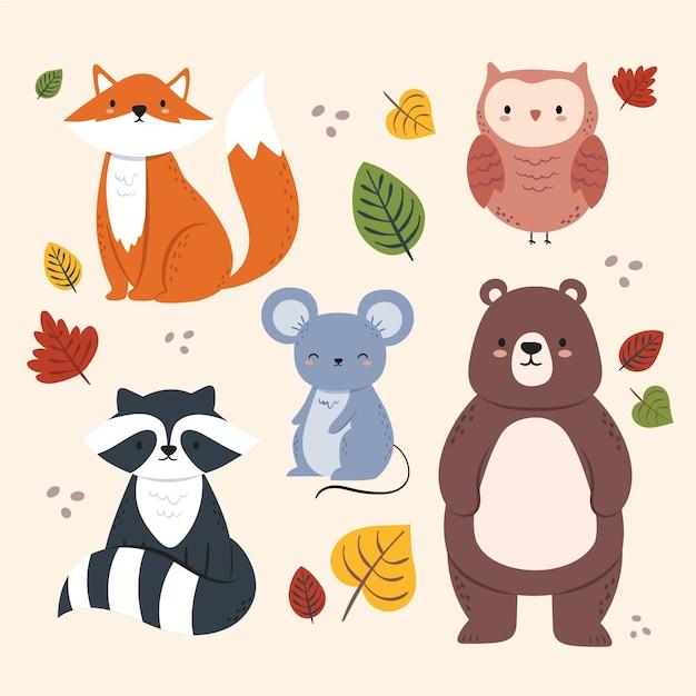 Hand drawn autumn forest animals Free Vector