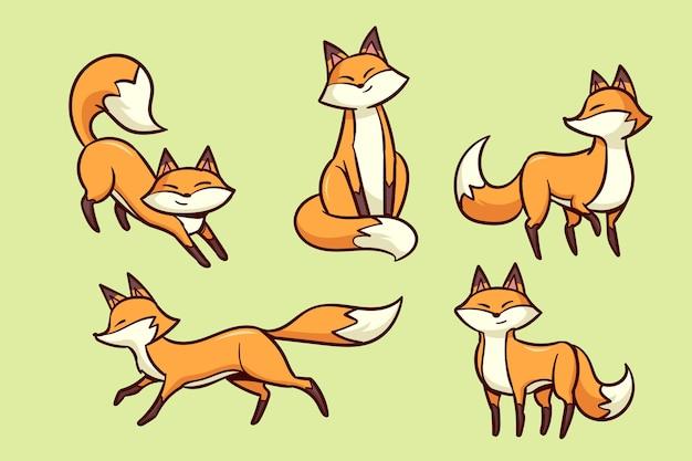 Набор рисованной лисы Бесплатные векторы