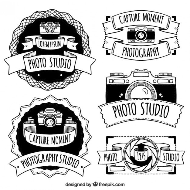 Populares Hand drawn retro camera badges pack Vector | Free Download TK73